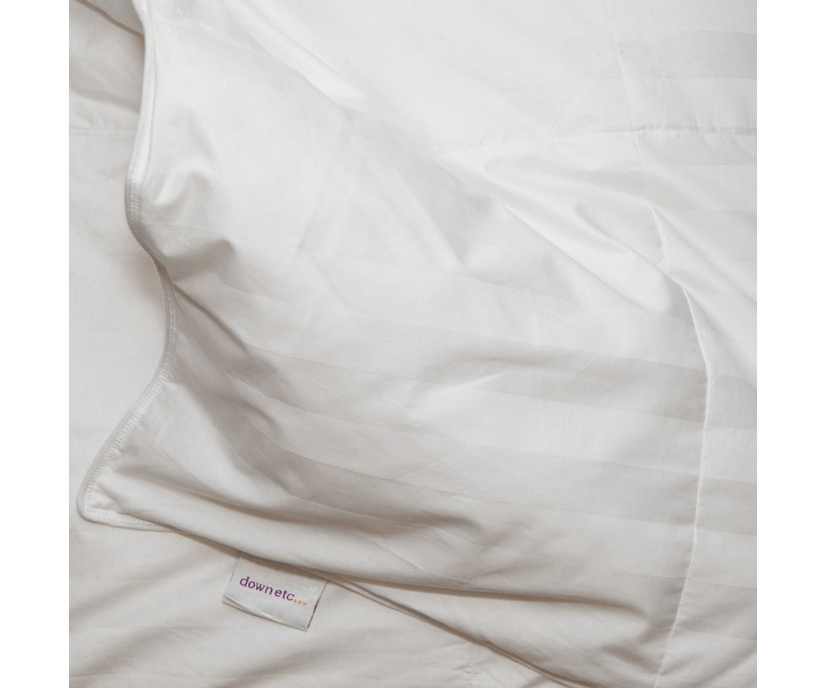 300TC Fall Weight White Goose Down Comforter