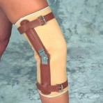 Knee Sleeve WHinges Sportaid