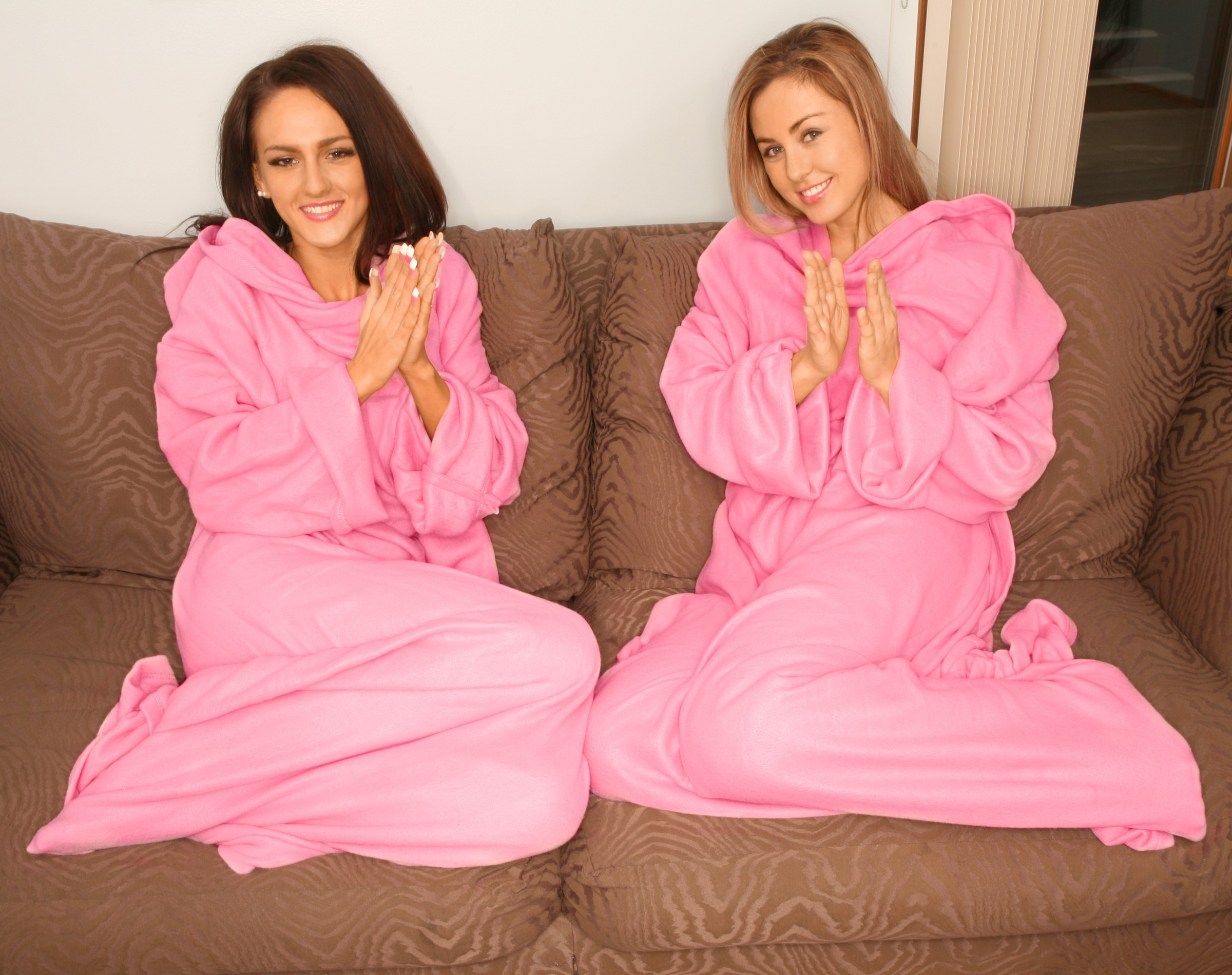Tv Blanket Blanket Sleeves Snuggle Blanket Pink